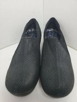 Skechers 48662 Black Flexible Memory Foam Slip-On Dress Pump