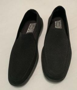 Skechers Dress Knit shoes Mens Size 9 Black Slip On With Mem