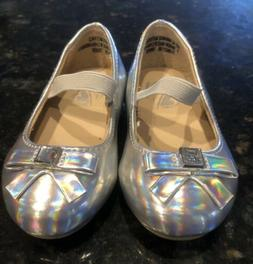 Infant Girls Silver Dress Shoes Made By Place Sz 4 NEW!