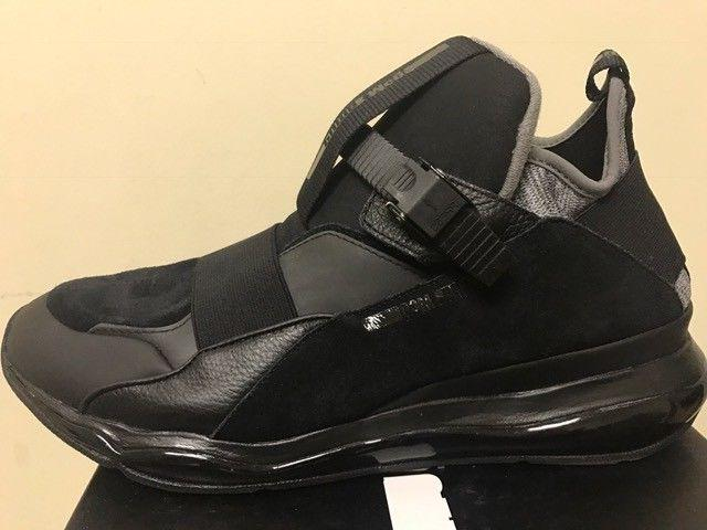 100 percent authentic black man sneakers size