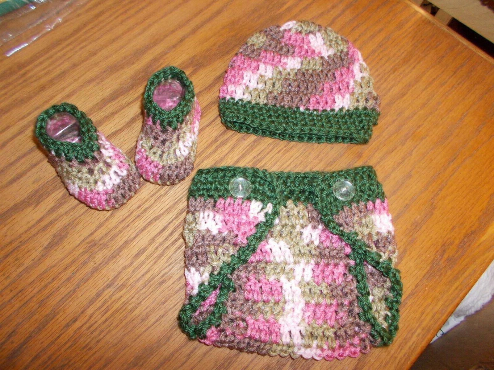 Handmade baby Shoes & Mountain