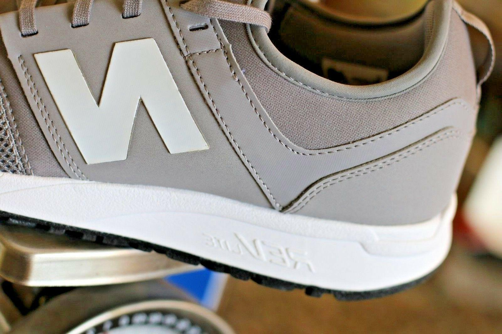 New Balance FOUR Classic Shoes