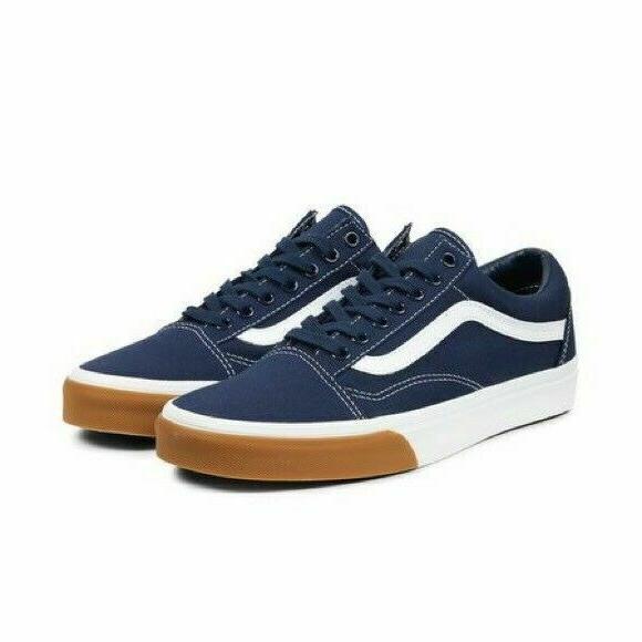 mens old skool skate shoes sneakers gum