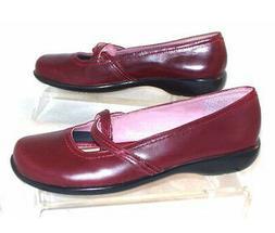 New CLARKS Women Leather Flat Slip On Comfort Casual Dress L