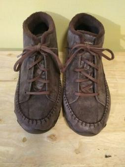 Skechers Relaxed Fit Wide Width Memory Foam Brown Suede chuk