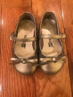 Smart Fit Toddler Girls Silver Grey Faux Leather Strap Flat