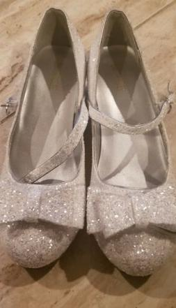 The Children's Place Silver Glitter  Bow  Dress Shoes Big Gi